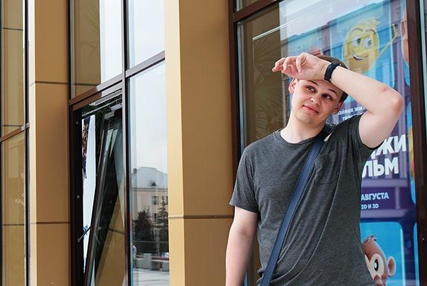«Работая билетером, я терпеть не мог общаться с клиентами»: вымирающая профессия киномеханик — Людзi ў горадзе на The Village Беларусь