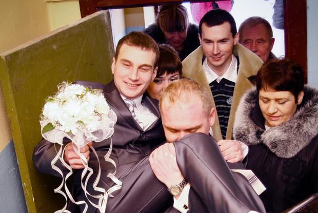 Сколько дарят на свадьбу денег 2018 в москве