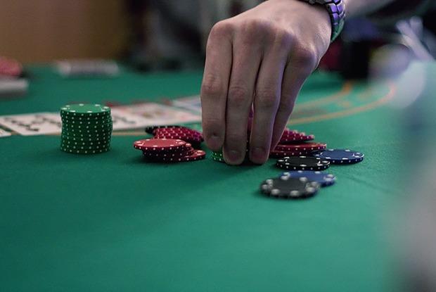 Проблемы с доступом к «Джойказино»? Как минчанин зарабатывает на покере — Як гэта працуе на The Village Беларусь
