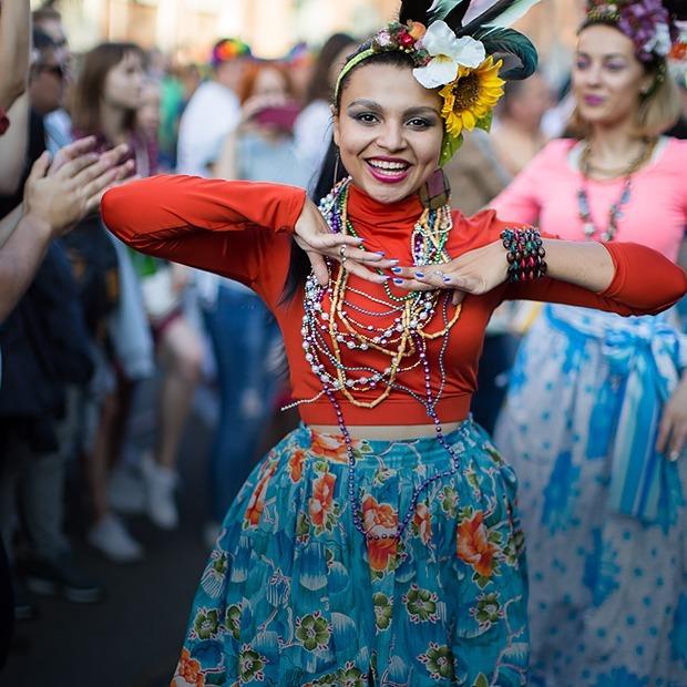 Как одеты гости Vulica Brasil — Знешні выгляд на The Village Беларусь