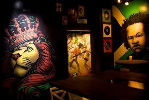 На Зыбицкой появился регги-бар «Жеваный крот» с ямайскими закусками и живой музыкой