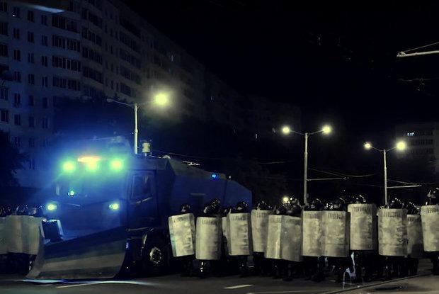 «С Лукашенко невозможно жить»: Интервью с Guardian, чей фильм про протесты понравился всем беларусам — Інтэрв'ю на The Village Беларусь