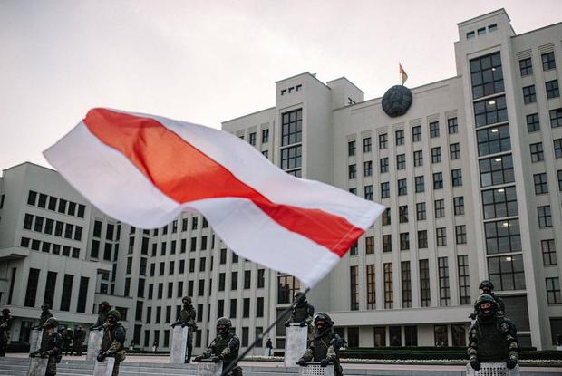 «Тогда еще силовиков не все ненавидели»: Экс-сотрудник МВД рассказал про ночь 9 августа — Асабiсты вопыт на The Village Беларусь