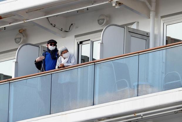 «Помогите нам!»: Что происходит с людьми на зараженном вирусом лайнере, который не пускают на сушу — Што робiцца на The Village Беларусь