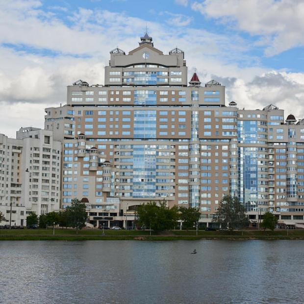 «Это откровенный архитектурный ляп»: Я живу в «доме Чижа»  — Дзе ты жывеш на The Village Беларусь