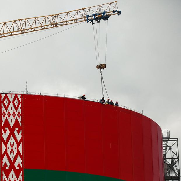 «Может быть катастрофа хуже, чем Чернобыль»: The New York Times написала про Беларусь в ловушке — Пераклады на The Village Беларусь