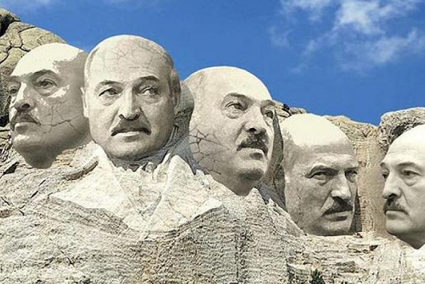 «И у Белого дома картоха зацветет»: Как соцсети смеются над новым высказыванием Лукашенко
