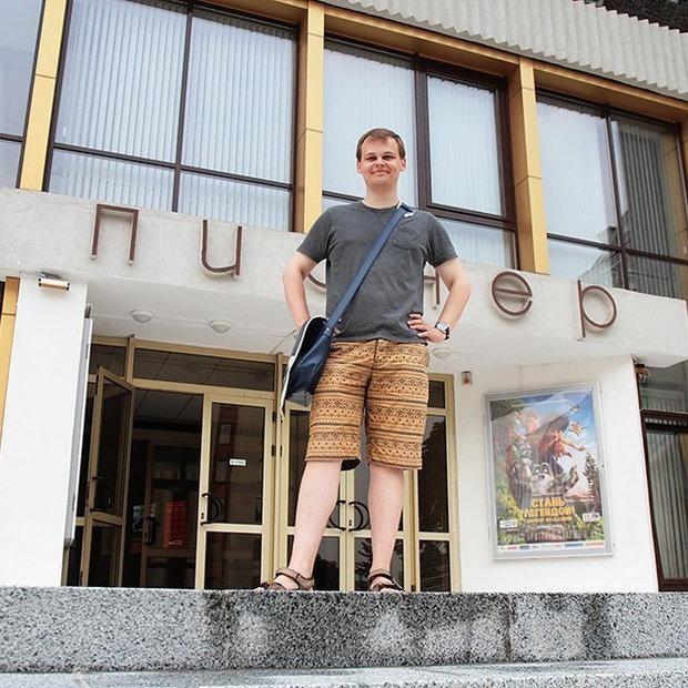 «Работая билетером, я терпеть не мог общаться с клиентами»: У меня вымирающая профессия — Людзi ў горадзе на The Village Беларусь