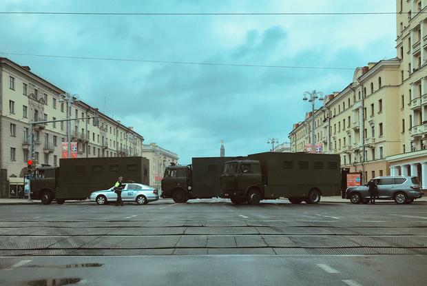 «Не наскребли даже на 3%»: Как соцсети смеются, что никто не пришел на праздник Лукашенко
