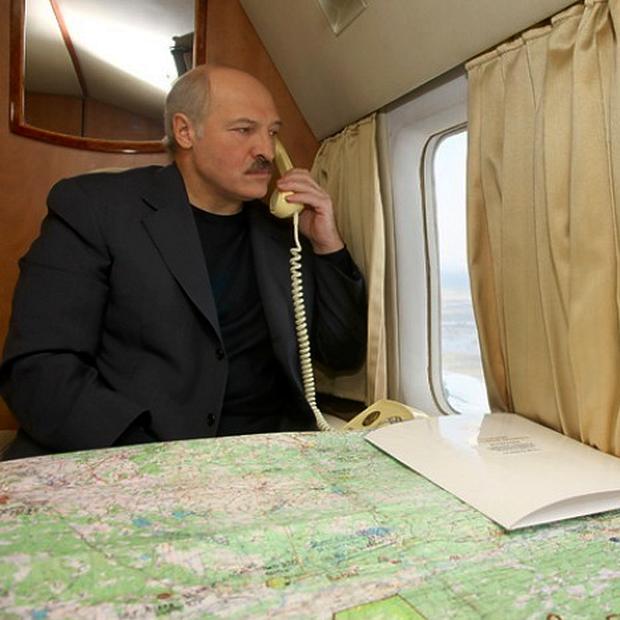 Гардероб Лукашенко: Одежду и аксессуары каких брендов носит президент Беларуси