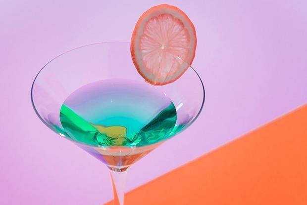 В каких кинотеатрах можно пить алкоголь?