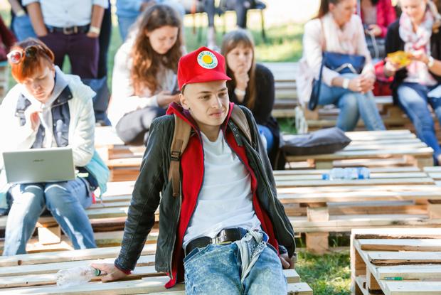 Как одеты гости Digital Picnic  — Знешні выгляд на The Village Беларусь