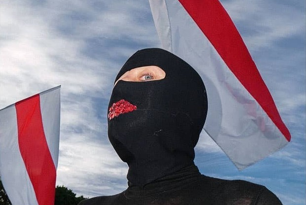 «Вместо гантелей использую «Сан-Пелегрино»: Чем занимаются беларуские политзаключенные в СИЗО — Забаўкі на The Village Беларусь