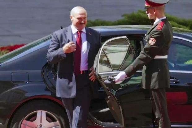 «Ябатькам во Дворце этого не показывают»: Самое главное из нового фильма про «дворцы Лукашенко» — Што робiцца на The Village Беларусь