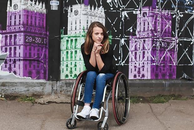 Директор «Туманов» «ушла в отпуск»: Выясняем, законно ли не пускать в бар человека с инвалидностью — Сітуацыя на The Village Беларусь