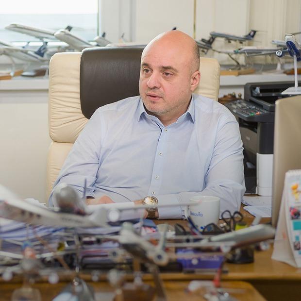 «Внедрим фишки лоукостов и снизим цены на билеты»: Замдиректор «Белавиа» о ближайших переменах