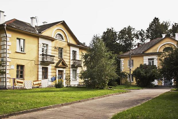 Жители Осмоловки потратили $5000 на независимую экспертизу: Дома признаны пригодными к проживанию — Дзяжурны па горадзе на The Village Беларусь