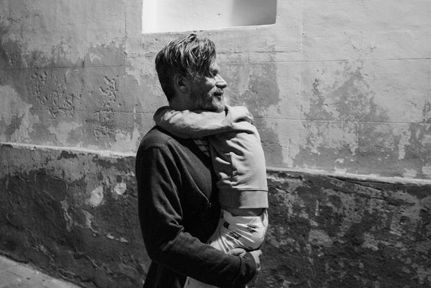 «Ты станешь лучше»: Крутые сказки, которые сочиняет в СИЗО Саша Василевич для своей дочки — Людзі ў горадзе на The Village Беларусь