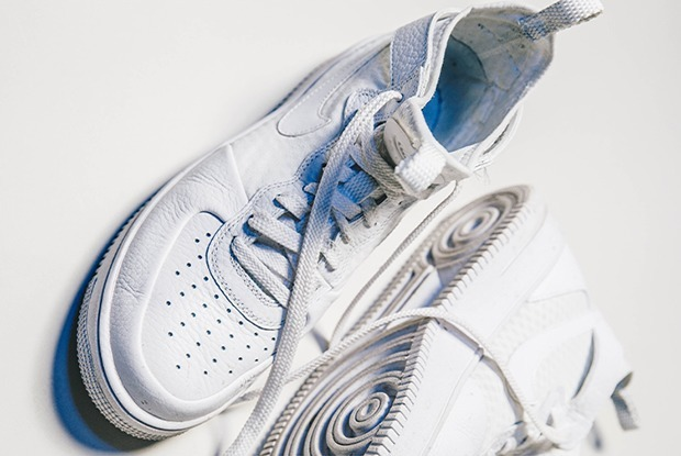Ничего не помогает: Почему нужно чистить кроссовки меламиновой губкой