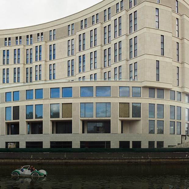 Объекты в центре Минска, с которыми что-то пошло не так