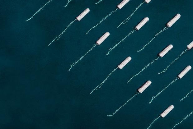 «Гости»: Какими дурацкими словами называют менструацию, и почему это не стоит делать — Забабоны на The Village Беларусь