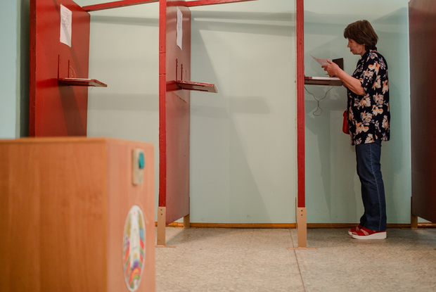 «Время шло, маразм крепчал»: Наблюдатели о том, что в эти дни происходит на участках для голосования — Што робiцца на The Village Беларусь
