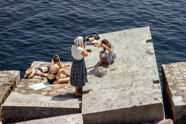 Купальники и плавки наших родителей: Как выглядели минчане на пляже 40 лет назад — Гiсторыi на The Village Беларусь