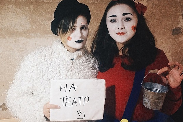«Похоже на секту»: Расследование, на что собирают деньги люди в плюшевых костюмах — Рэпартаж на The Village Беларусь