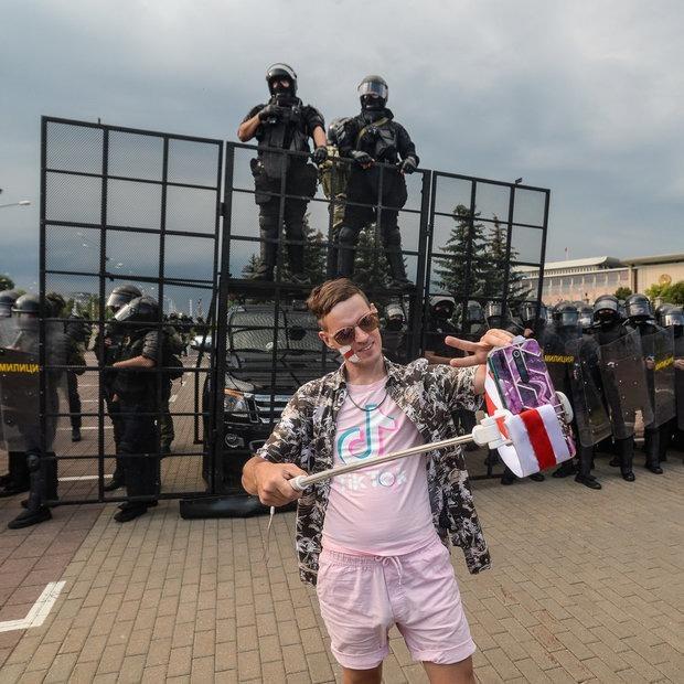 «Дичь, но силовикам так не кажется»: Что известно про место, где сделали концлагерь для протестующих — Дзяжурны па горадзе на The Village Беларусь