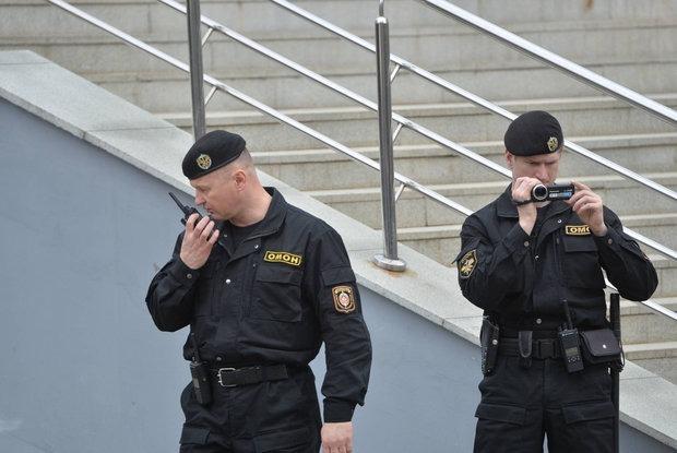 «Дал пароль, только когда начал задыхаться»: Как беларуские силовики взламывают телеграм-каналы