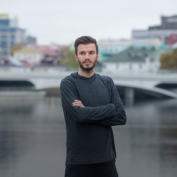 «Cекс, алкоголь, наркотики — сами по себе нейтральны»: Пастор-баптист, который бегает  — Людзi ў горадзе на The Village Беларусь