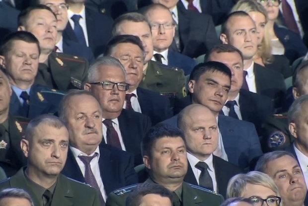 «Мощное влияние силовиков»: Почему беларуские чиновники считают, что на Западе — враги и кукловоды