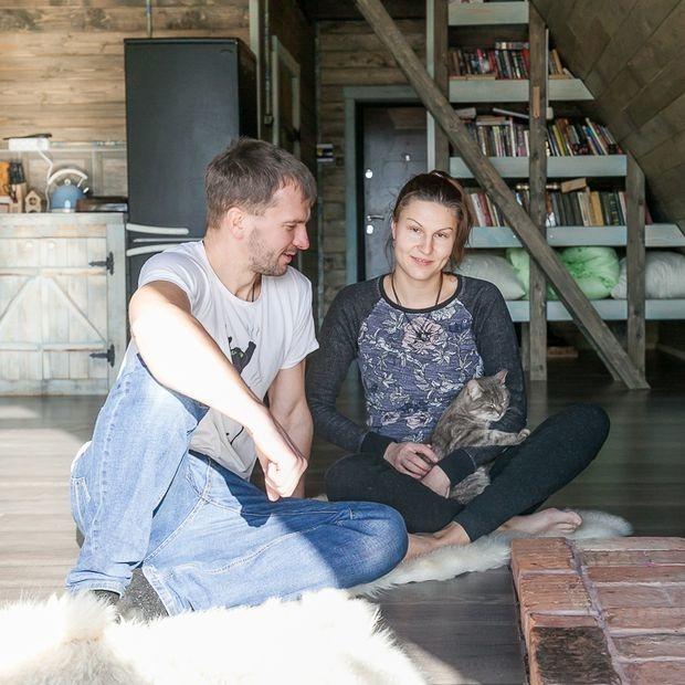 «Дом стоил нам $16 тысяч»: Пара переехала из Минска в коттедж мечты, который построила сама