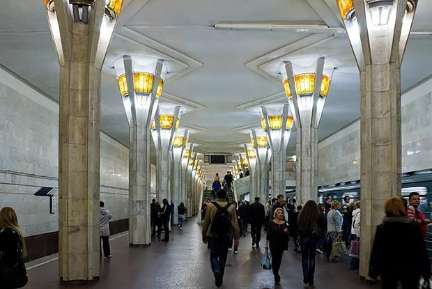 Как можно избавиться от толкучки на станции метро «Октябрьская» — Транспарт на The Village Беларусь