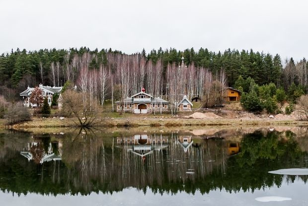 7 домов, которые строят на самых дорогих участках под Минском