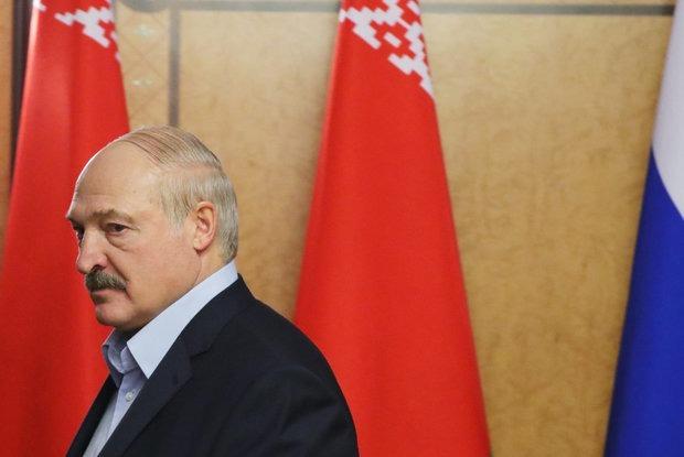 Все оппозиционные кандидаты — мразь: Как Лукашенко называл кандидатов в президенты в разное время