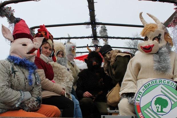 Самые упоротые персонажи с празднования Нового года  — Забаўкі на The Village Беларусь