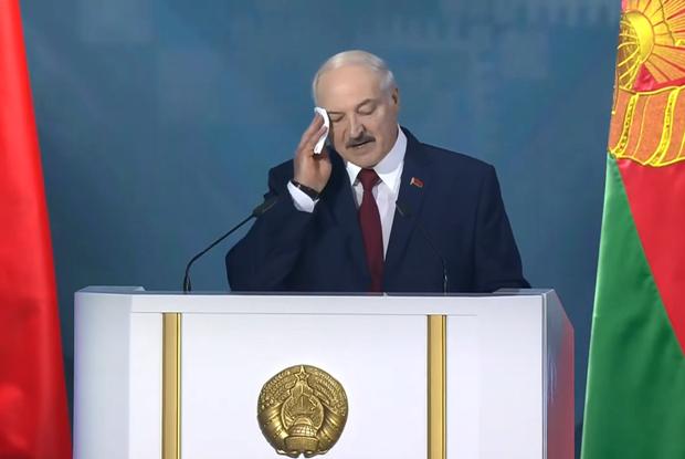 «Лайк, если шлюха, ретвит, если проститутка»: Как соцсети смеются над посланием народу от Лукашенко — Рэакцыя на The Village Беларусь