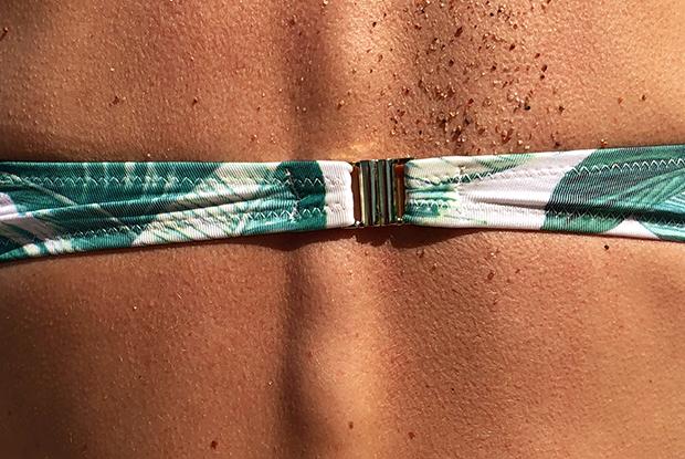 «Отказ от белья не приводит к обвисанию груди»: Люди, которые не носят трусы и бюстгальтеры