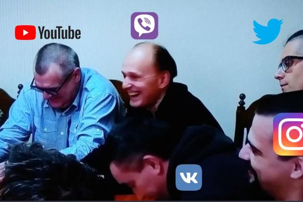 «Машу не позвали, чтобы она не порвала деда»: Как соцсети смеются над визитом Лукашенко в СИЗО КГБ