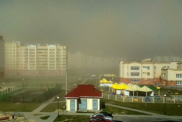 В Беларусь пришла пылевая буря из Африки: Что это значит