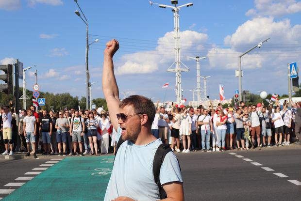 «Удивительно, но закон сработал»: 5 историй, как суд стал на сторону беларусов в политических делах — Што робiцца на The Village Беларусь