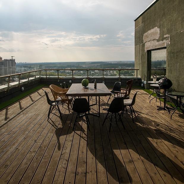 Офис Cuba Studio с одной из лучших крыш в Минске, где проходят вечеринки для своих — Офіс на The Village Беларусь