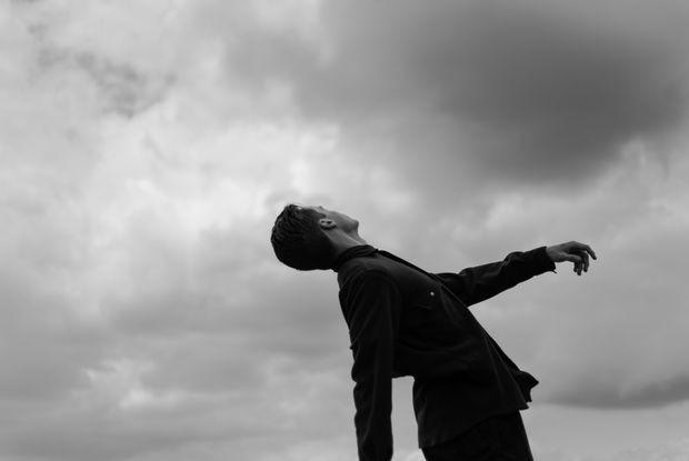 «Меня судили и дали штраф»: Как власть мешает расследовать сталинские репрессии в Беларуси — Дзяжурны па горадзе на The Village Беларусь