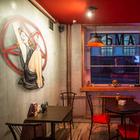 «Соседство с КГБ нас радует»: На месте, где закрылось уже три заведения, появился бар