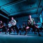 С модным ди-джеем и спортсменами: Nike провёл фитнес-вечеринку в Минске