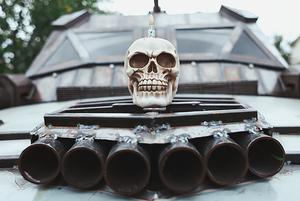 От машины из Mad Max до шкафа с «Погоней»: беларусы, которые делают крутые вещи руками