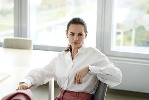 «Из уважения к Меркель Светлана была одета скромно»: Стилист Тихановской впервые дала интервью