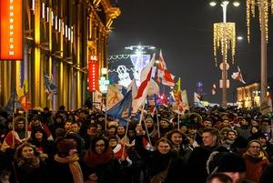 «Красивые и смелые»: Беларусы рассказывают, как вопреки запугиваниям вышли на митинг