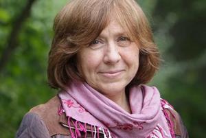Зачем Алексиевич краудфандинг, если у нее есть $1 млн Нобелевской премии
